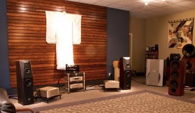 two-channel-room